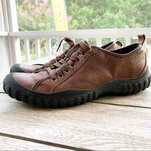 COLE HAAN Leather All-Terrain Nike Air Lace Shoe